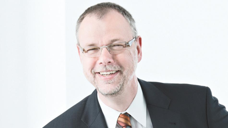 Dr. Josef Papenfort, Beckhoff Automation  »TwinCAT Vision integriert die Bildverarbeitungs-Algorithmen in der gleichen Runtime wie die SPS und Motion-Control.«
