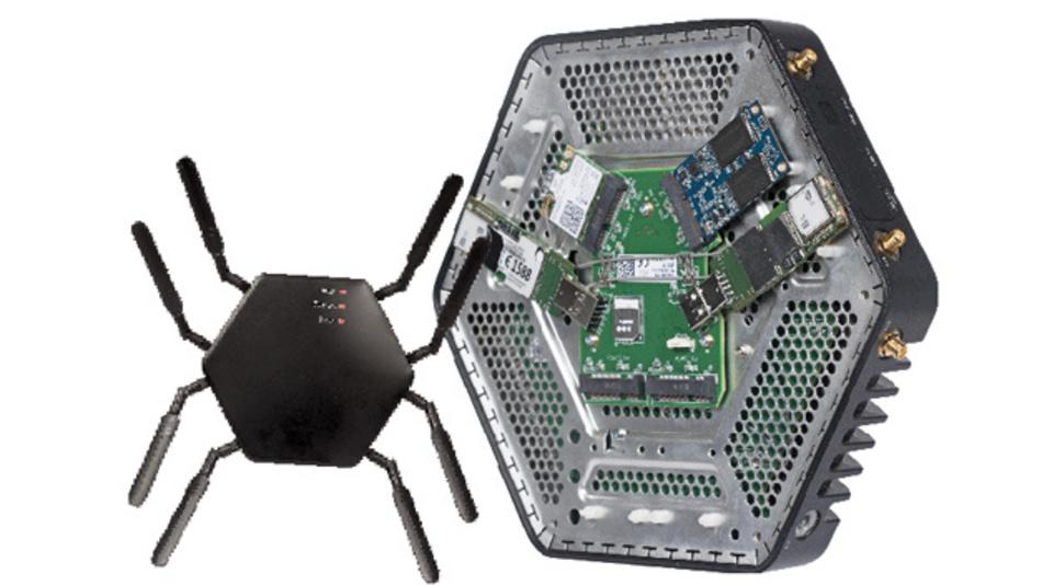 """congatecs lüfterlose IoT-Gateway-Plattform """"conga-IoT2"""" hat bis zu  acht Antennen und ein Aluminium-Druckguss-Gehäuse, das Stabilität und Kühlung für den Einsatz in rauer Umgebung bietet und für die Verwendung unterschiedlicher Funkprotokolle entsprechend geschirmt wurde."""