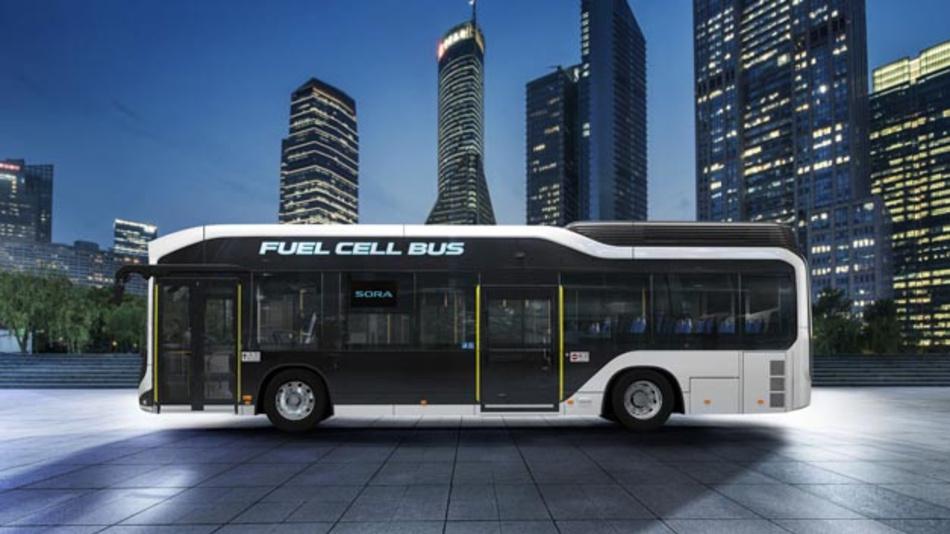 Toyota bringt den Brennstoffzellenbus Sora in Japan in Serie.