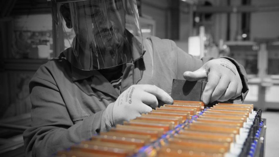 Der Batteriehersteller erweitert seine Produktionskapazitäten für Batteriesysteme.