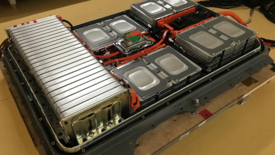Das Joint Venture 4R Energy hat ein System entwickelt, mit dem sich die Leistungsfähigkeit gebrauchter Akkus schnell bestimmen lässt.