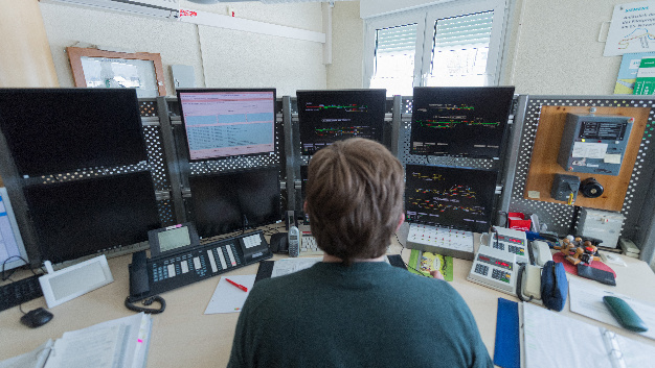 In Annaberg-Buchholz hat die Deutsche Bahn das erste Digitale Stellwerk Europas in Betrieb genommen.
