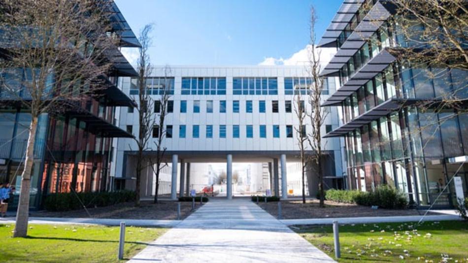 BMW hat in Unterschleißheim seinen neuen Campus für autonomes Fahren eröffnet.