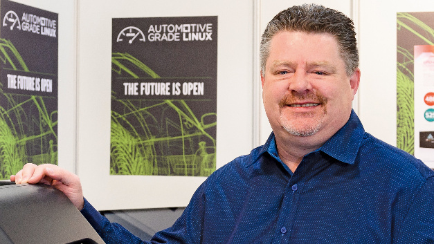 Dan Cauchy, Executive Director of Automotive Grade Linux: »A standard set of APIs reduces development time and saves costs.«
