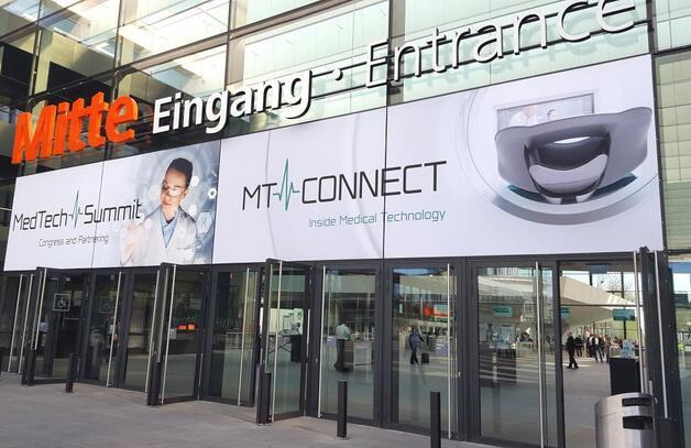 Rund 150 Unternehmen aus 13 Ländern stellten ihre Produkte auf der Fachmesse für Zulieferer- und Herstellungsbereiche der Medizintechnik MT-Connect (11. und 12. April 2018, Nürnberg) aus. Jeder vierte Aussteller kam aus dem Ausland, allen voran aus Ö