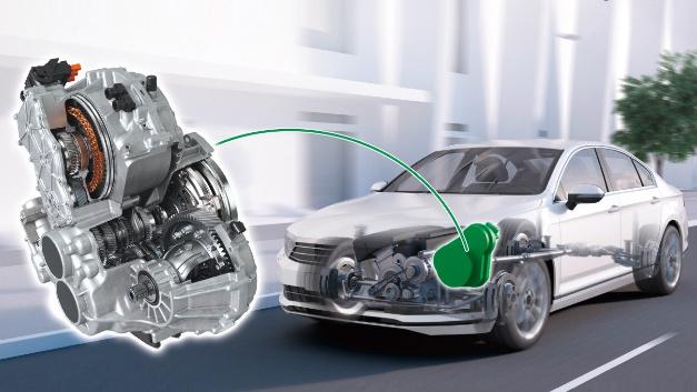 Das bauraumoptimierte Getriebe »DH-ST 6+2« basiert auf einem automatisierten Schaltgetriebe und bietet zwei elektrische und sechs mechanische Gänge für Plug-in-Hybrid-Fahrzeuge.