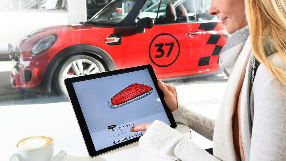 Das 3D-Druckverfahren ermöglicht die Individualisierung von ausgewählten Komponenten, wie beispielsweise die Einleger des Seitenblinkers bei MINI.