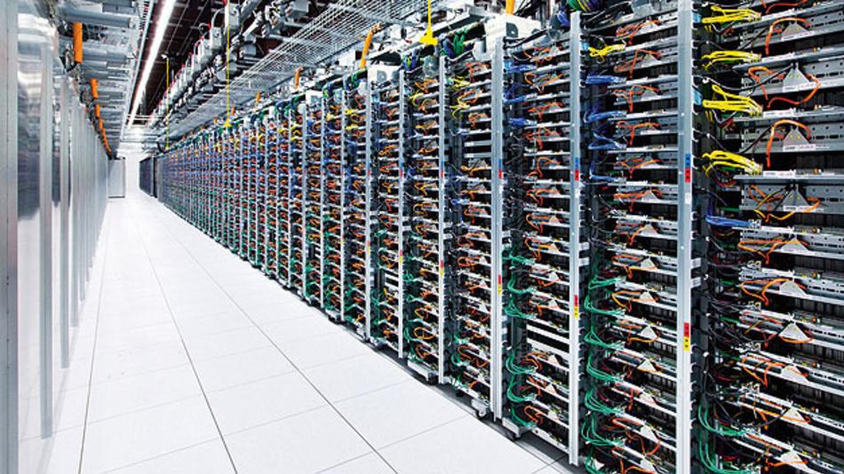 Internet-Infakt verhindern durch Übergang elektronischen und optischen Bauelemente.
