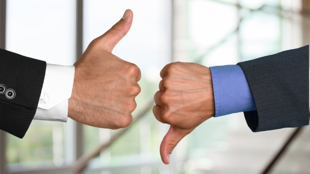 Stellt sich der neue Mitarbeiter als Flop heraus, kann das hohe Kosten zur Folge haben.