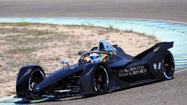 Testfahrten mit dem BMW iFE.18 in Spanien. Der eRennwagen von BMW tritt ab Saison 5 in der Formel E an.