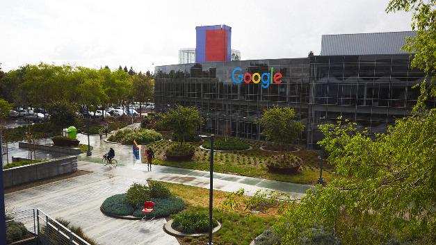 Blick auf das Gebäude von Google in Mountain View, Kalifornien