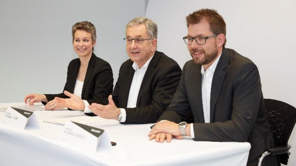 Die Geschäftsleitung von Balluff blickt auf ein erfolgreiches Geschäftsjahr 2017 zurück (v.l. Katrin Stegmaier-Hermle, Michael Unger, Florian Hermle)