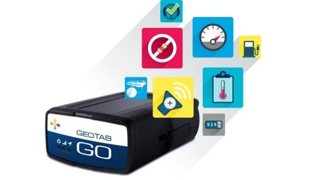 Der »GO7« von Geotab ermöglicht, nach dem Einstecken in die fahrzeugseitige OBD-II-Schnittstelle, unterschiedliche Telematikfunktionen.