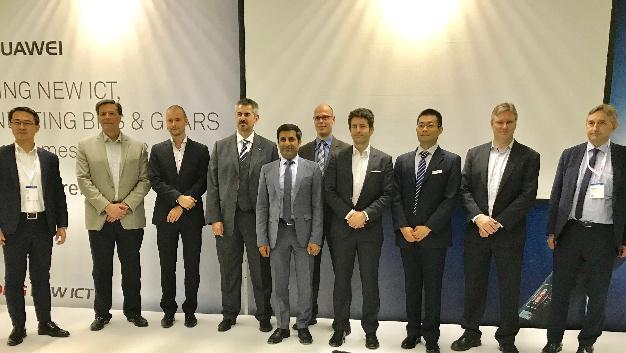 Gemeinsame Pressekonferenz auf der Hannover Messe 2018: Zusammen mit Huawei und weiteren Partnern hat NI das Time-Sensitive Networking & OPC UA Testbed vorgestellt.