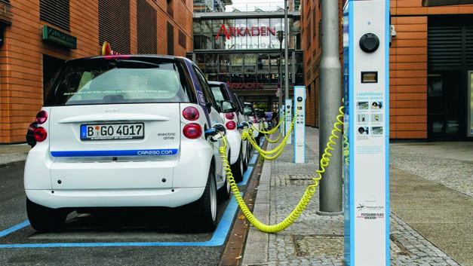 20 Prozent des Fuhrparks der Bundesregierung sollte eigentlich aus Elektrofahrzeugen bestehen. Dieses Ziel wurde bisher verfehlt.