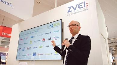 Dr. Andreas Müller auf der Hannover Messe 2018