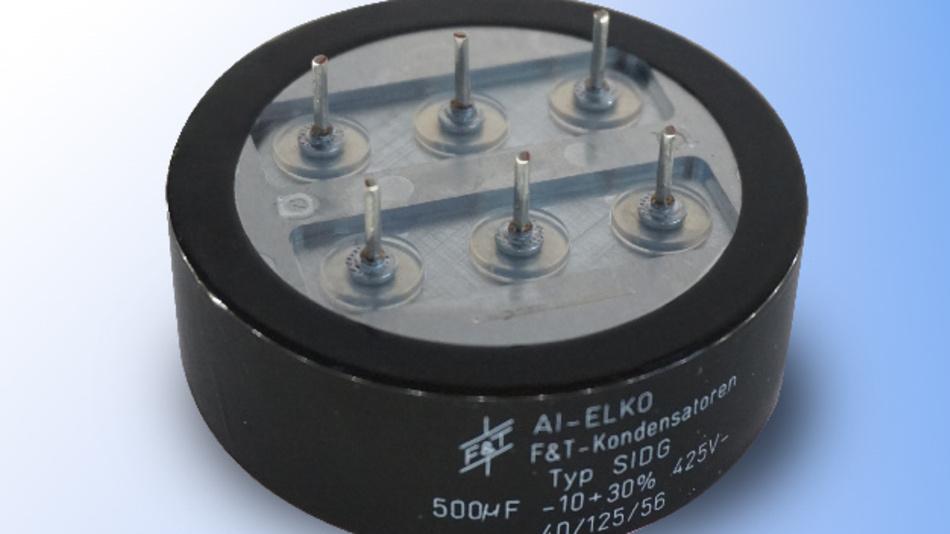 Der für InMOVE konzipierte Zwischenkreiskondensator ist für Wechselströme von 70 A bei 13,5 kHz ausgelegt.