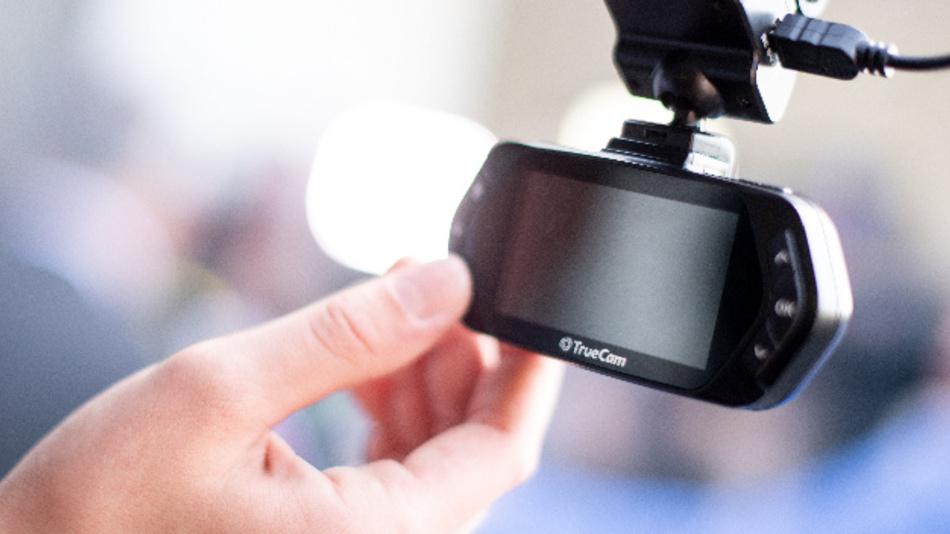 BGH lässt Dashcam-Aufnahmen als Beweis begrenzt zu.