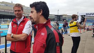 Im Vorfeld des Rennens erläutert Audi-Fahrer Lucas di Grassi, die Besonderheiten der Berliner Rennstrecke.