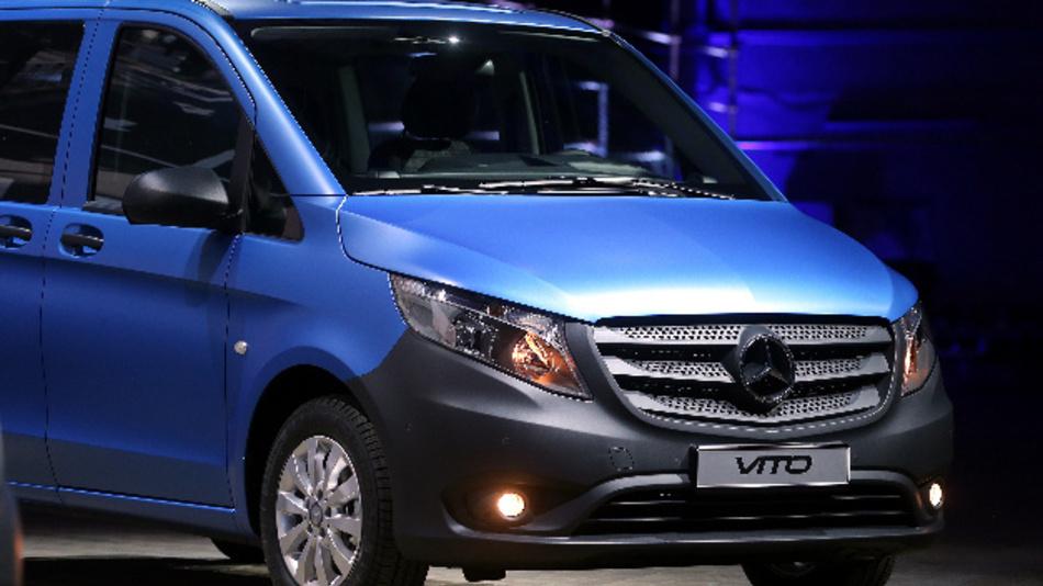 Der damals neue Mercedes-Benz Transporter Vito.