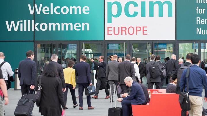 Die PCIM findet 2018 erstmals im Juni (5. - 7.) statt.
