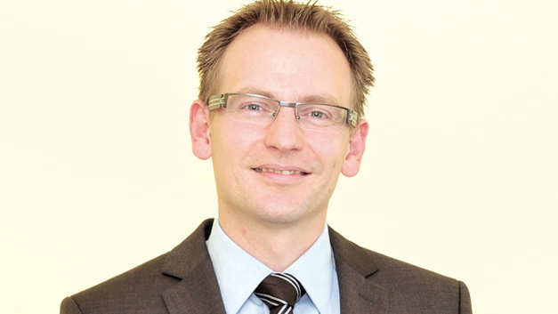 Frank Stocker, Field Application Engineer Power Supplies von Schukat