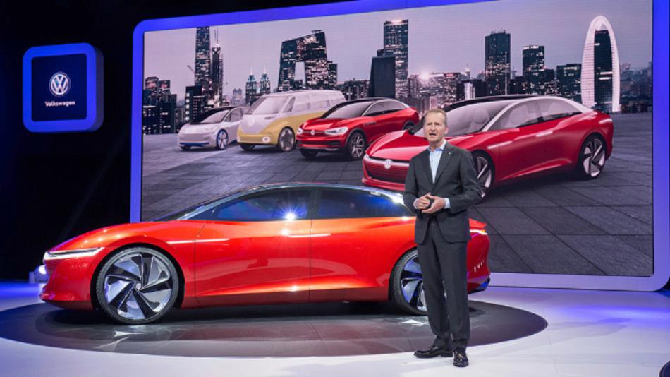 Herbert Diess, Vorstandsvorsitzender des Volkswagen Konzerns, unterstrich in seiner Rede auf der Peking Auto Show Ende April 2018 die Bedeutung des chinesischen Marktes für die Volkswagen Gruppe. Im Rahmen von »People's Mobility« will VW Mobilitätskonzepte in China vorantreiben.