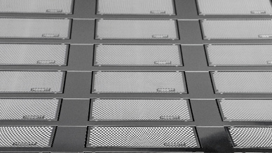 Fotochemisches Ätzen wird u.a. für die Produktion von Netzen, Filtern und Sieben aus Stahl verwendet.