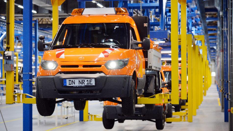 Im Werk Düren werden die StreetScooter Modelle Work und Work L produziert – in den Varianten Pure, Pickup und Box.