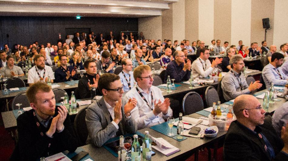 Volles Haus beim ersten Forum Künstliche Intelligenz