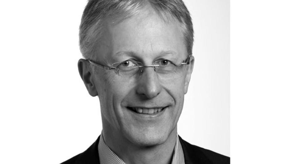 Robert Torscht  ist seit 2008 bei Insys Microelectronics im Bereich industrielle Datenkommunikation als Applikationsingenieur und technischer Redakteur tätig.