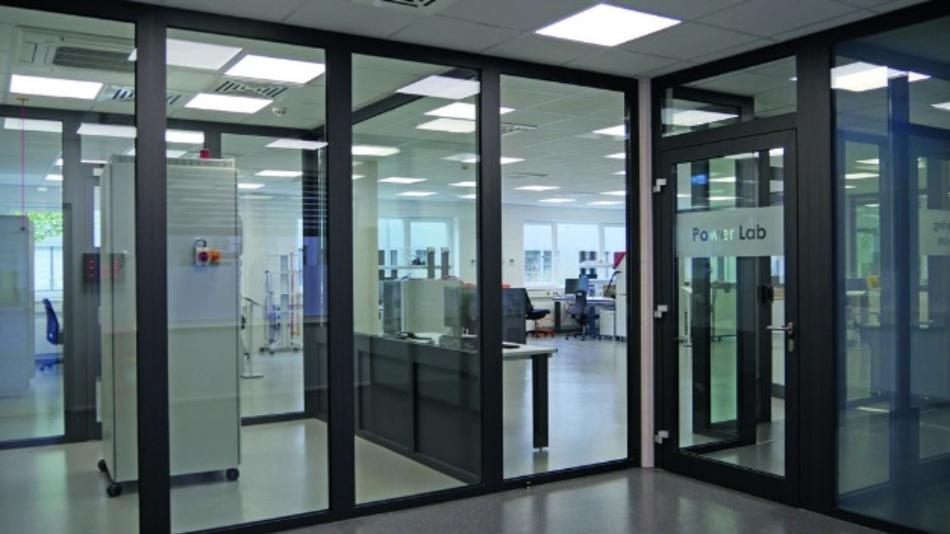 300m² groß ist das neue Power Lab, in dem Rohm Semiconductor Leistungselektronikkomponenten und -systeme analysiert werden können, um den Kunden auf Applikationsebene zu unterstützen.