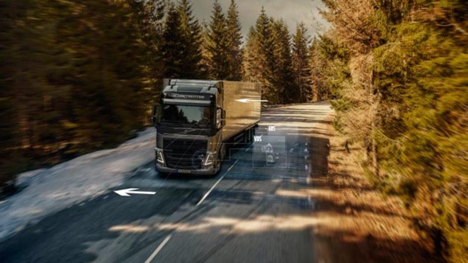 Volvo Trucks Assistenzsysteme Dynamic Steering mit Stabilitätsassistent und Dynamic Steering mit Spurhalteassistent helfen dem Lkw-Fahrer, Unfälle zu vermeiden.