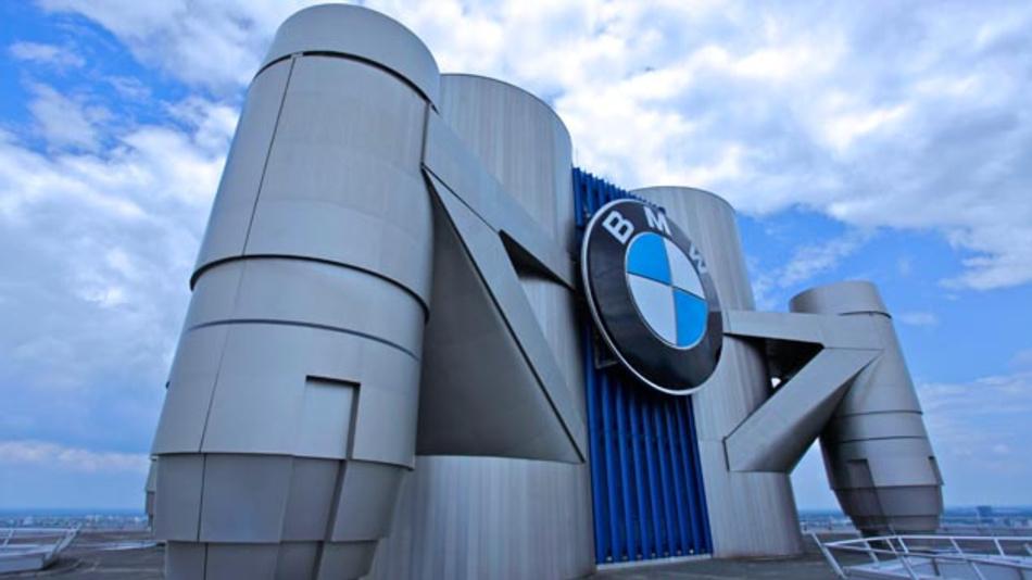 BMW und Critical Software haben das Joint-Venture Critital TechWorks im Bereich Automotive Software-Engineering gegründet.