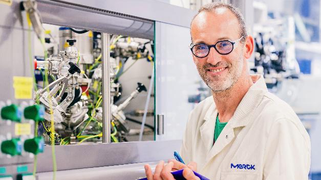 Darmstadt expandiert in China: Merck eröffnet in Schanghai ein neues Entwicklungszentrum für OLED-Bauteile.