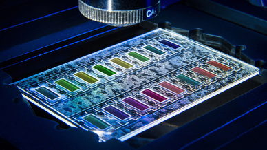 Miniaturisierter Wachstumschip zum schnellen Erkennen bakterieller Resistenzen.