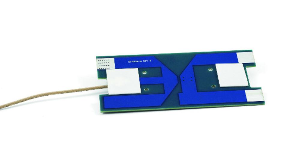 Bild 1: Diese Antenne hat Welotec für eine einfache Installation mit Klebepads in Trafostationen entwickelt. Sie unterstützt die LTE-Frequenzen von 700 MHz bis 2,6 GHz.