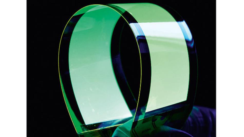 Bild 1. Biegsamen bzw. flexiblen OLEDs werden bessere Marktchancen eingeräumt als mechanisch starren Varianten.