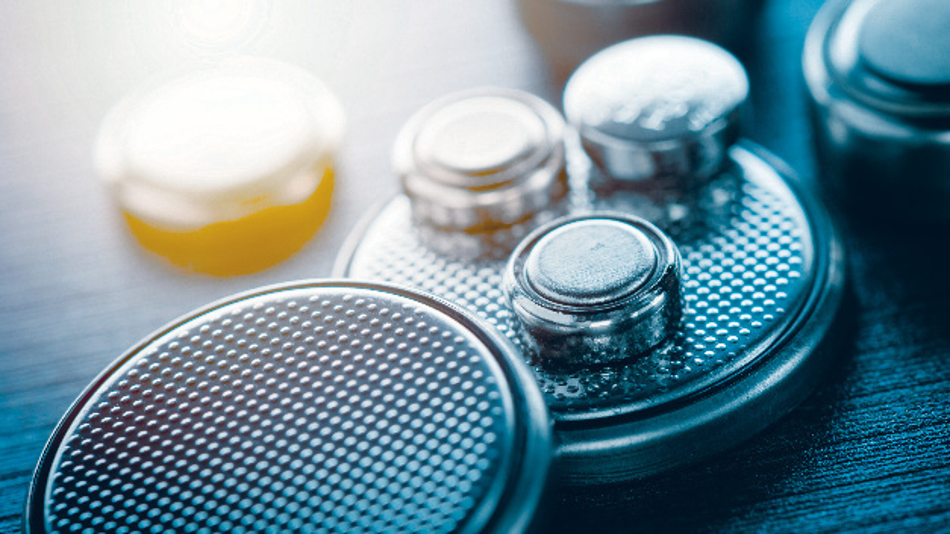 Knopfzellen in medizinischen Wearables müssen lange Zeit zuverlässig arbeiten.