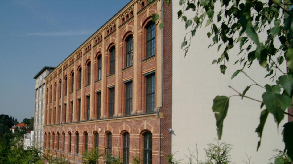 Frontansicht des Unternehmensgebäudes von Gemac.