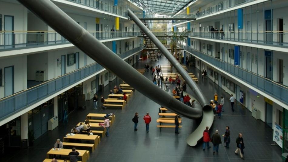 Forschungs-Campus Garching der TU München, Fakultät für Mathematik und Informatik.