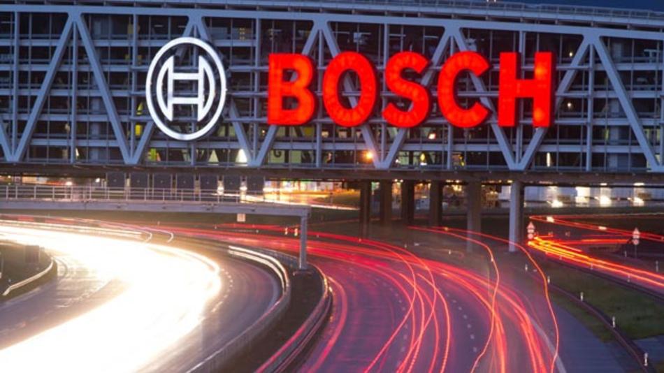 Das Landgericht Stuttgart hat beschlossen, dass Bosch bestimmte Unterlagen im Zusammenhang mit dem Diesel-Skandal bei VW herausgeben muss.