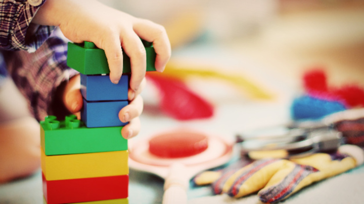 Immer mehr Firmen haben eigene Kinderbetreuungsmöglichkeiten.