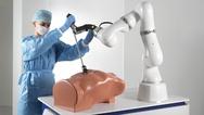Roboterassistent LBR Med von Kuka