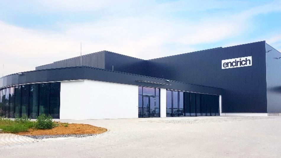 Endrich weiht am 3. August 2018 sein neues Logistikzentrum in Nagold ein.