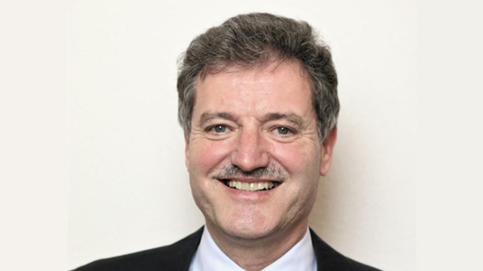 Prof. Dr.-Ing. Dieter Brückmann Bergische Universität Wuppertal Fakultät 6 - Elektrotechnik, Informationstechnik und Medientechnik Lehrstuhl für Nachrichtentechnik, Mitglied des Wireless-Congress-Programmkomitees