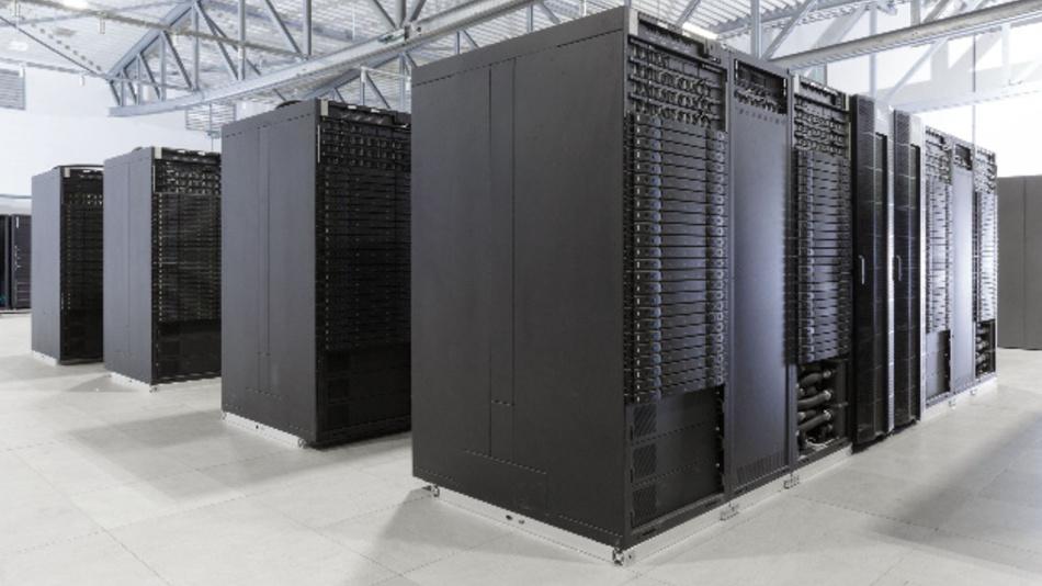 Der Höchstleistungsrechner JUWELS des Forschungszentrums Jülich. Das im Frühjahr 2018 von der französischen IT-Firma Atos gemeinsam mit den Softwarespezialisten der deutschen Firma ParTec gelieferte Cluster-Modul ist mit Intel Xeon 24-Core Skylake CPUs ausgestattet und kommt auf eine theoretische Spitzenleistung von bis zu 12 Petaflops.