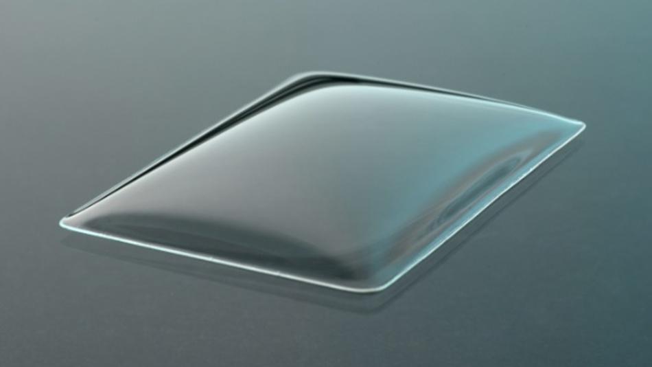 Komplex geformte Dünnglasprodukte eignen sich für abgerundete Displays in Smartphones und Elektrogeräten oder Touch-Lichtschalter.