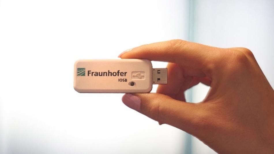 RTLSflare als USB-Stick.