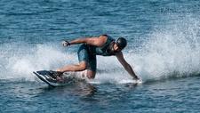 Elektroantrieb Surfboard mit Akku und Wasserstrahlantrieb
